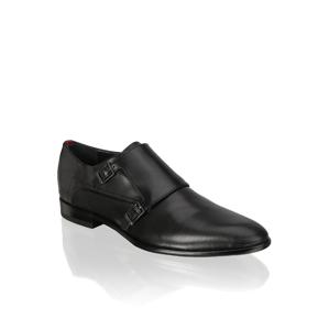 Klasická nazúvacia obuv